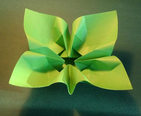 foldning af servietter blomst